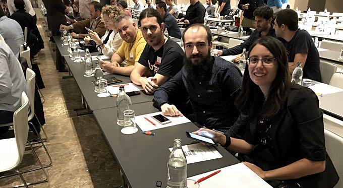 Gente maja en eventos: Viviana Vázquez, David Moral, Pedro Sánchez y Lázaro Martínez